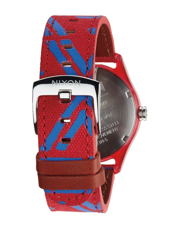 a802653c89f Nixon MOD ACETATE RED dámske analógové hodinky   Swis-Shop.sk