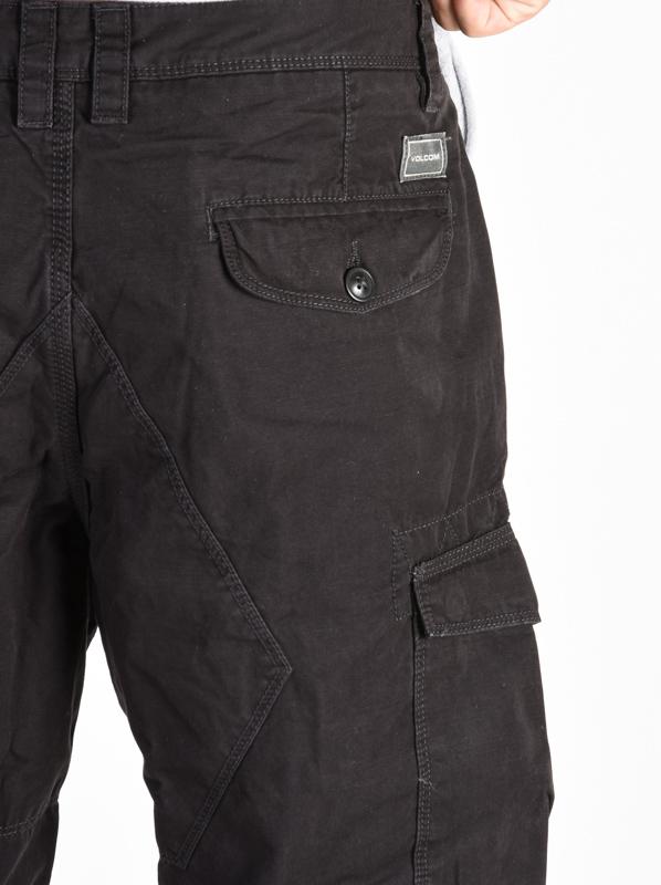 Volcom Miter Ii Cargo black pánske plátené kraťasy   Swis-Shop.sk 56902c82d9
